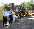 Mauricio Macri anuncia inicio de obras de la Línea H en Plaza Francia (6714817521).jpg