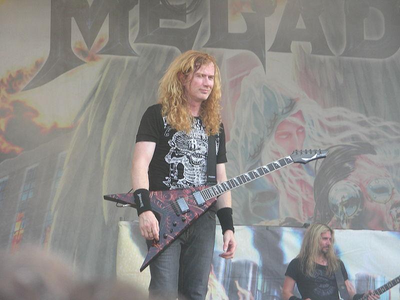 [Image: 800px-Megadeth_%282%29.JPG]