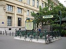 Ligne 4 du m tro de paris wikip dia - Station metro jardin du luxembourg ...