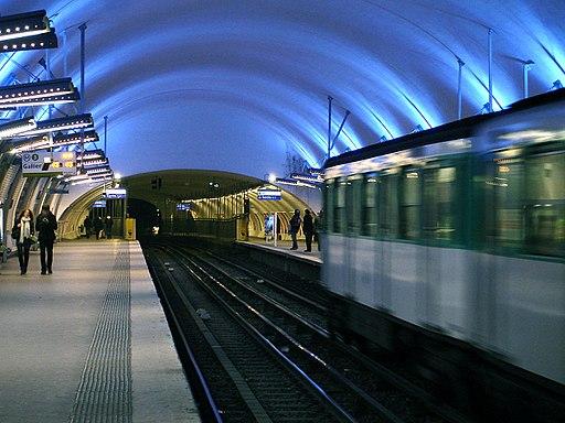 Metro de Paris - Ligne 3 - Gambetta 02