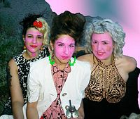Micaela Huntley-Fryer, Sara Blumenthal, Grace Ellis of Hot Fruit.jpg