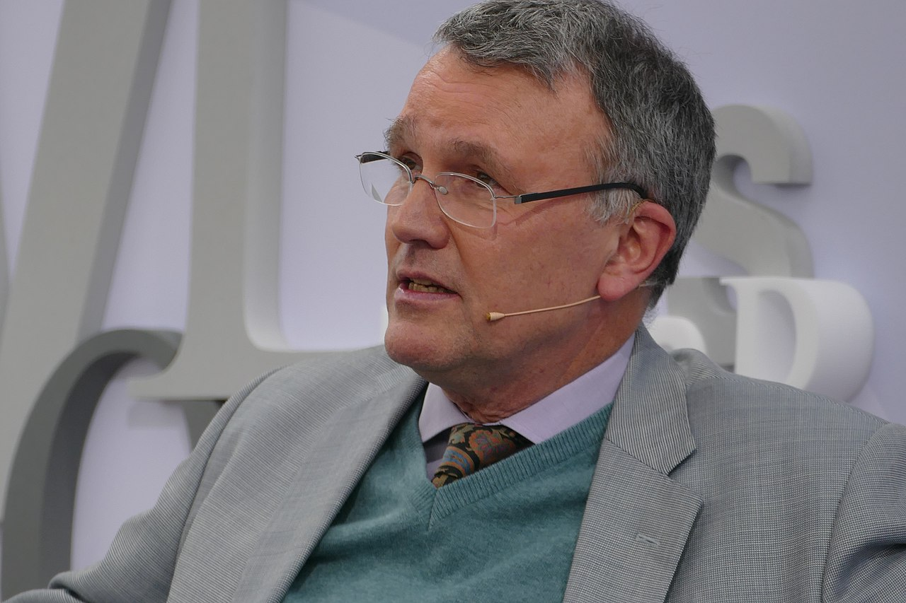 Februar 2021: Michael Lüders offenbart den irren Plan des Pentagon gegen China und Russland