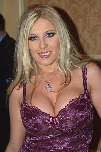Michelle B at 2006 AVN Awards 3.jpg