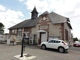 The town hall of Monampteuil