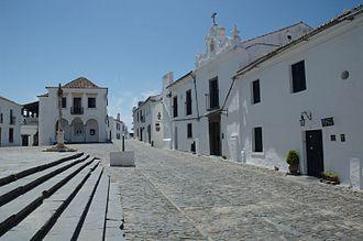 Monsaraz - The pillory of Monsaraz across from the square from the Parochial church of Nossa Senhora da Lagoa