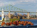 Montreal - Terrasses Bonsecours - Tour de l'horloge - Six Flags Park Montreal Inc - panoramio.jpg