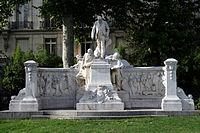Monument Alphand (2).jpg
