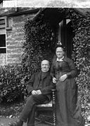 Mr and Mrs Rowlands, Pennal NLW3362794.jpg