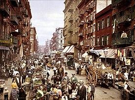 http://upload.wikimedia.org/wikipedia/commons/thumb/6/67/Mulberry_Street_NYC_c1900_LOC_3g04637u_edit.jpg/275px-Mulberry_Street_NYC_c1900_LOC_3g04637u_edit.jpg