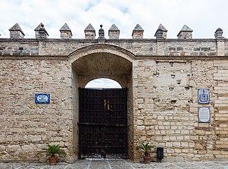 Alcázar of Jerez de la Frontera - Image: Muro del Alcázar, Jerez de la Frontera, España, 2015 12 07, DD 55