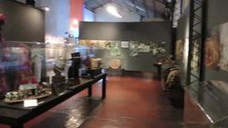 Archivo:Museo del Carnaval video del interior.ogv