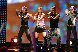 "Namie Amuro - Amuro performing ""Girl Talk"" in MTV Asia Aid 2005"