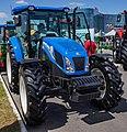 New Holland TD5.110 tractor 3.jpg