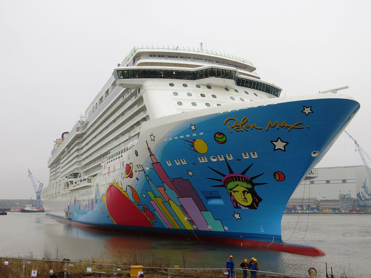 Norwegian Breakaway - Wikipedia