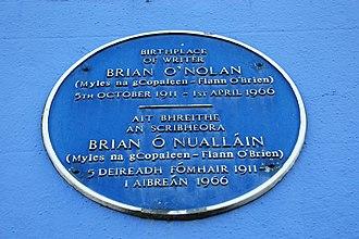 Brian O'Nolan - Blue plaque for O'Nolan at Bowling Green, Strabane