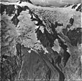 Ogive Glacier, icefall and hanging glacier, September 4, 1977 (GLACIERS 5256).jpg