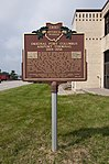 Old Port Columbus Airport Terminal Historical Marker.jpg