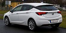 Opel Astra 1.6 CDTI ecoFLEX Dynamic (K) – Heckansicht, 23. Dezember 2016, Düsseldorf.jpg