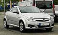 Opel Tigra TwinTop – Frontansicht, 14. August 2011, Heiligenhaus.jpg