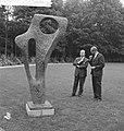 Opening beeldentuin Kroller Moller Museum Minister Cals en dr de Leeuw, Bestanddeelnr 912-5594.jpg