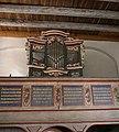 Orgel mit Empore der Kirche Sternhagen.jpg