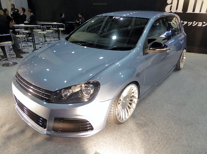 File:Osaka Auto Messe 2016 (467) - VW GOLF TSI af imp. Style Up Car Contest 2015 WINNER.jpg