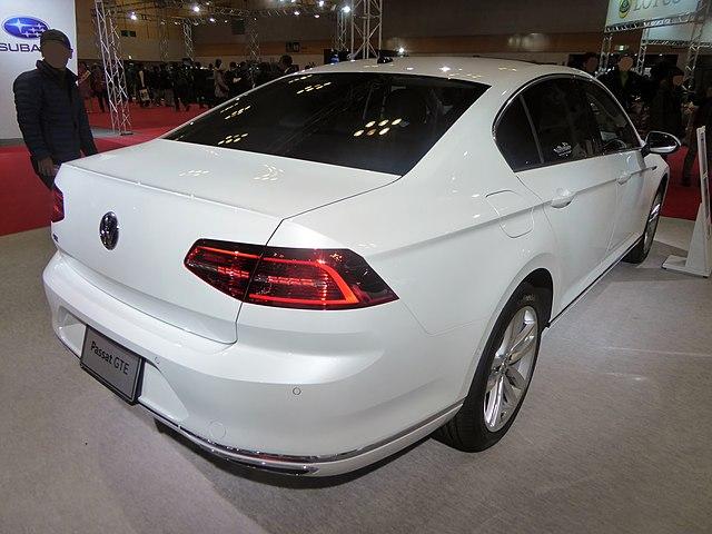 Fileosaka Motor Show 2015 341 Volkswagen Passat Gteg