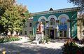 Osh - Sultan Ibraimov statue (29876481784).jpg