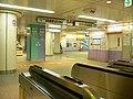 Oshiage-eki-2005 03 29 1.jpg