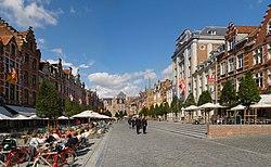 Oude Markt Leuven.jpg