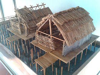 Polada culture - Reconstruction of a Polada stilt settlement