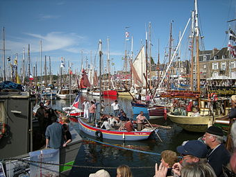 Festival du chant de marin, sea songs festival in Paimpol