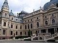 Pałac Izraela Poznańskiego Łódź ogród.JPG