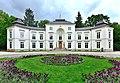 Pałac Myślewicki w Warszawie 2019.jpg