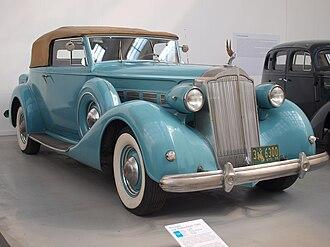 Packard Super Eight - 1937 Packard Super Eight