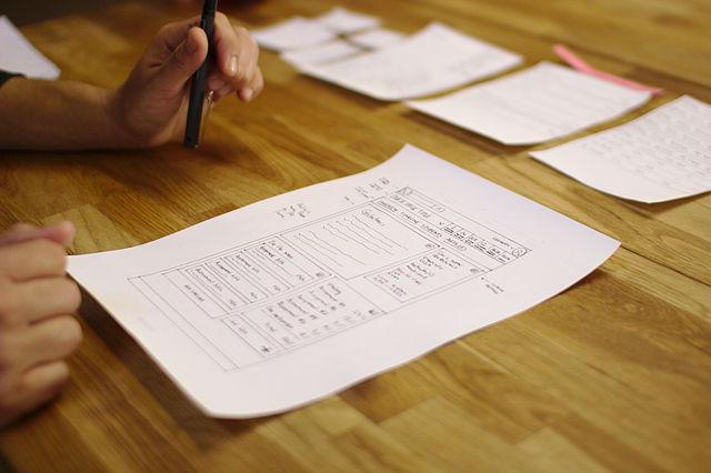Figura 1: Prototipo de papel. Fuente: Wikimedia