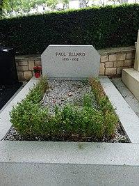Paul Eluard tombe.jpg