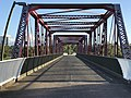 Pedestrian bridge across Logan River, Loganholme, Queensland 03.jpg