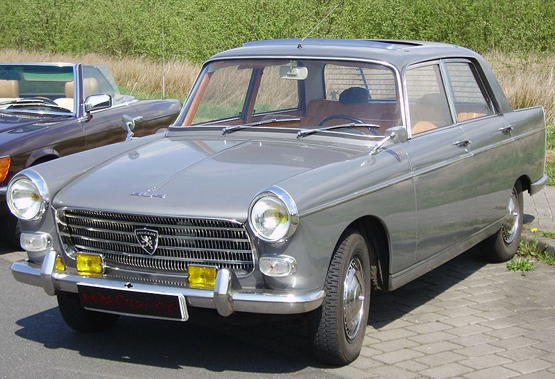 http://upload.wikimedia.org/wikipedia/commons/thumb/6/67/Peugeot_404_Injection.jpg/800px-Peugeot_404_Injection.jpg