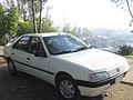 Peugeot 405 GL 1992 (14891277685).jpg