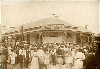 Coogee Hotel, Western Australia - Picnic at the Coogee Hotel, c1905