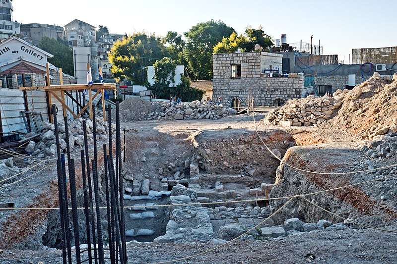 מנהרה עתיקה בצפת