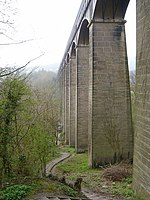 Pillars supporting the Pontcysyllte Aqueduct - geograph.org.uk - 400710.jpg