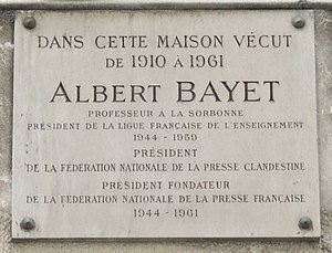 Albert Bayet - Commemorative plaque on the Parisian home of Albert Bayet, 2 Rue Monsieur-le-Prince
