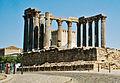 Portugalia Evora ruiny rzymskiej swiatyni 03.jpg