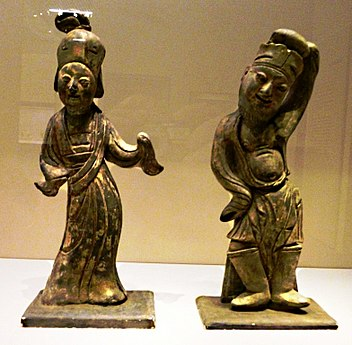 Pottery Dancers. 943 CE. From tomb of Li Bian, founder of Southern Tang Dynasty.jpg
