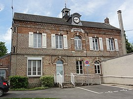 The town hall of Pouilly-sur-Serre