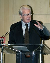 Président du Conseil général de la Gironde, Philippe Madrelle.jpg