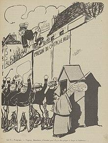 Desenho monocromático de uma multidão de policiais em manifestação em frente à porta da prisão de Cherche-midi;  na parede, Pasquier os mede.