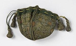 Purse (France), 17th century (CH 18425045).jpg